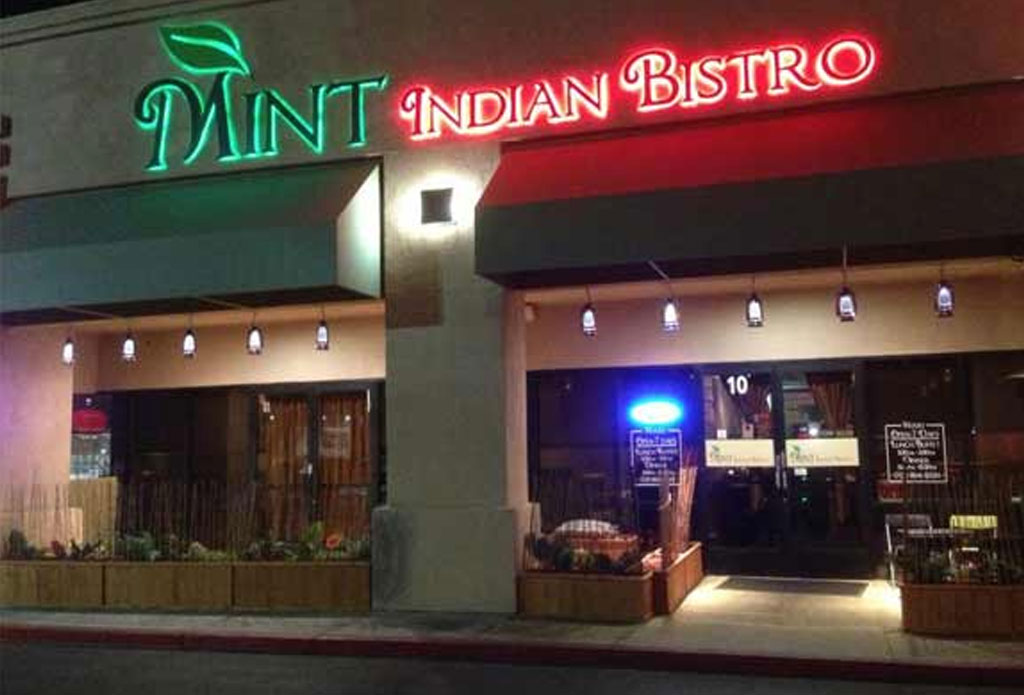 Wondrous Indian Restaurant Near Las Vegas Strip I Mint Indian Bistro Download Free Architecture Designs Lukepmadebymaigaardcom